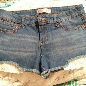 Cloth lace pocket jean shorts